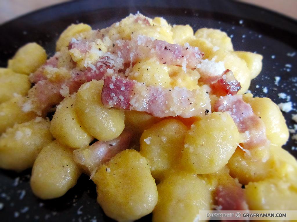 Ricetta Per Gnocchi Di Patate.Gnocchi Di Patate Alla Carbonara