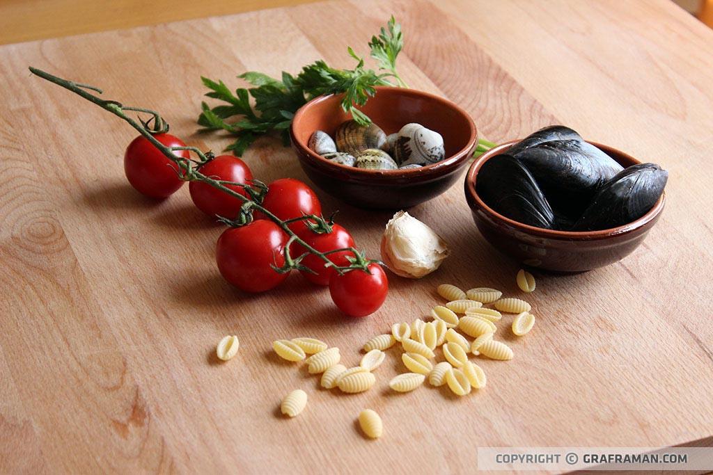 Gnocchetti risottati con cozze, vongole e pomodorini