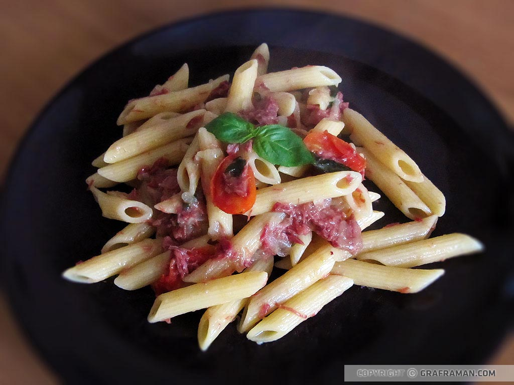 Penne rigate con simmenthal
